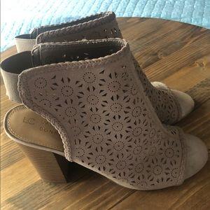 LC Lauren Conrad Statice Taupe Peep Toe Booties
